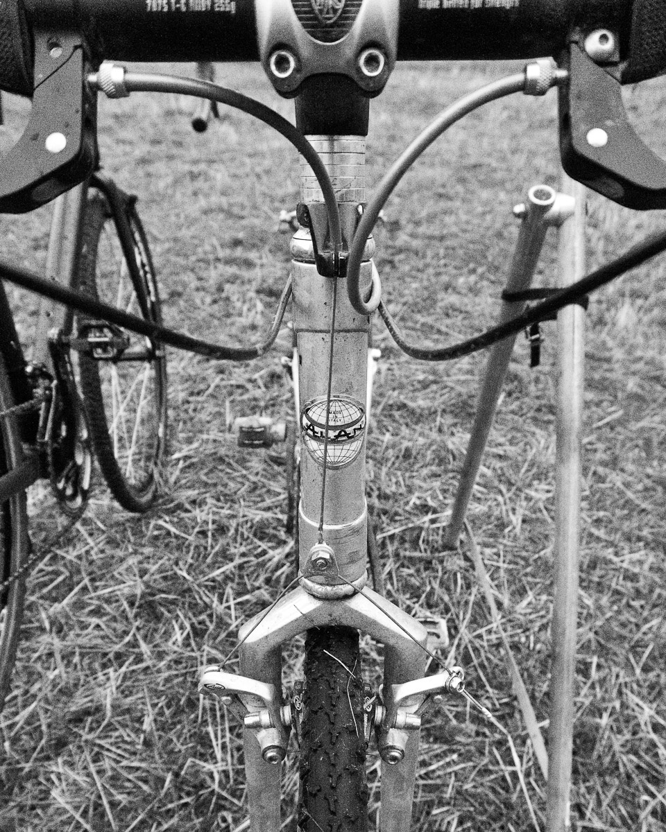 Vintage Alan Cyclocross bike hangs in the pits